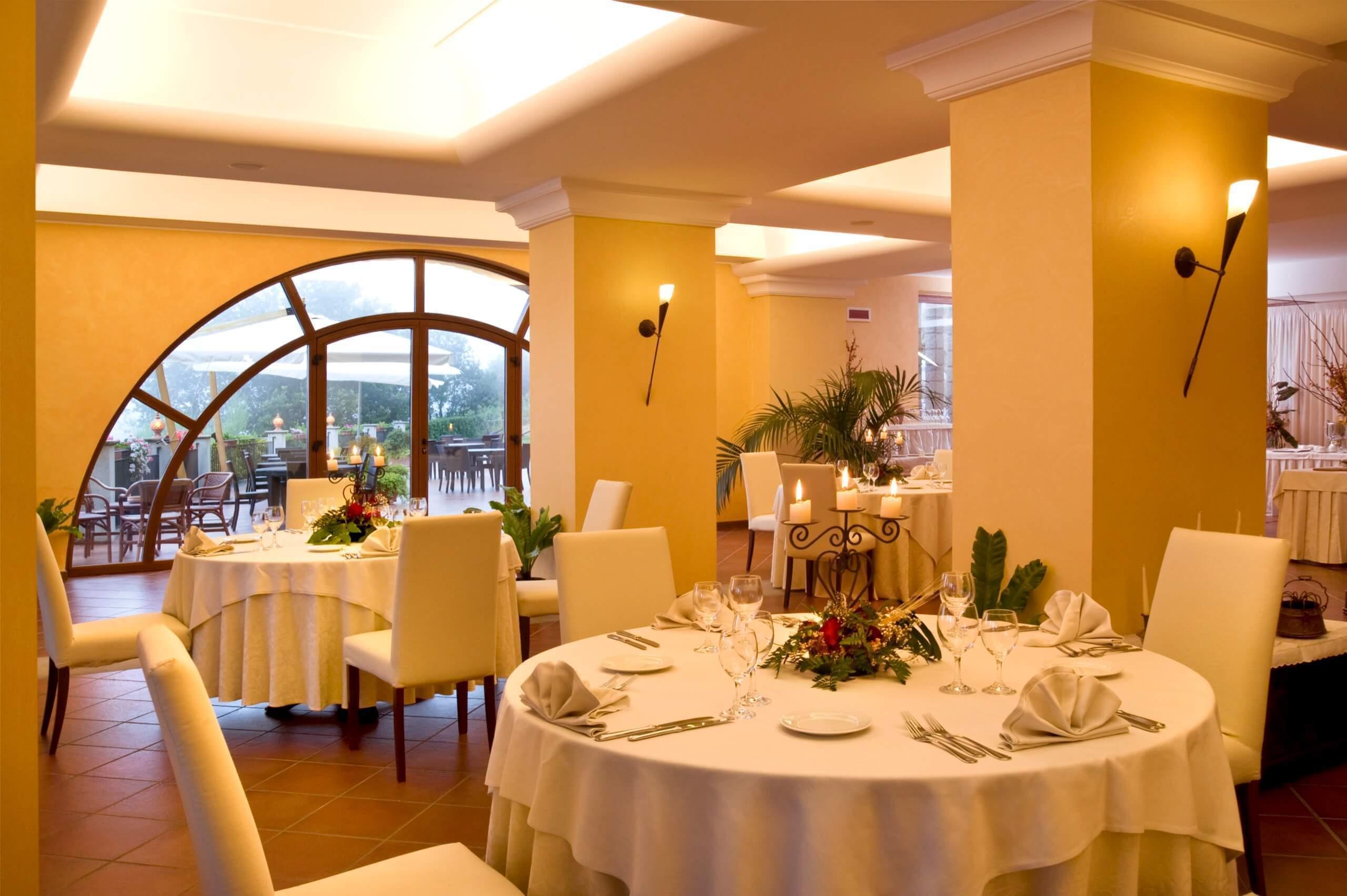 Montalbano Hotel Sala Cerimonie 001